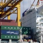 Container Brücke bei Entladung